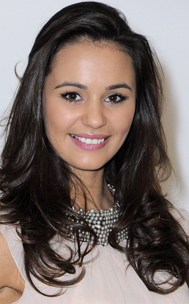 Justyna Rajczyk (POLAND EARTH 2012) 9f92ca650009a3454ee23816
