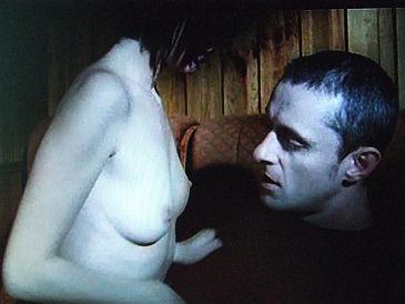 Gorąca seks-scena z udziałem Mai Ostaszewskiej (ZDJĘCIA)
